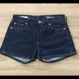 Gap women's shorts size 30R